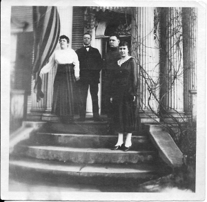 The Jennings Family in the 1900's.
